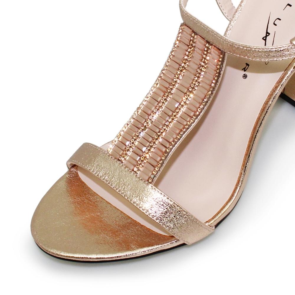 0f7c2b8ca2f6 Aruba Block Heel Sandal