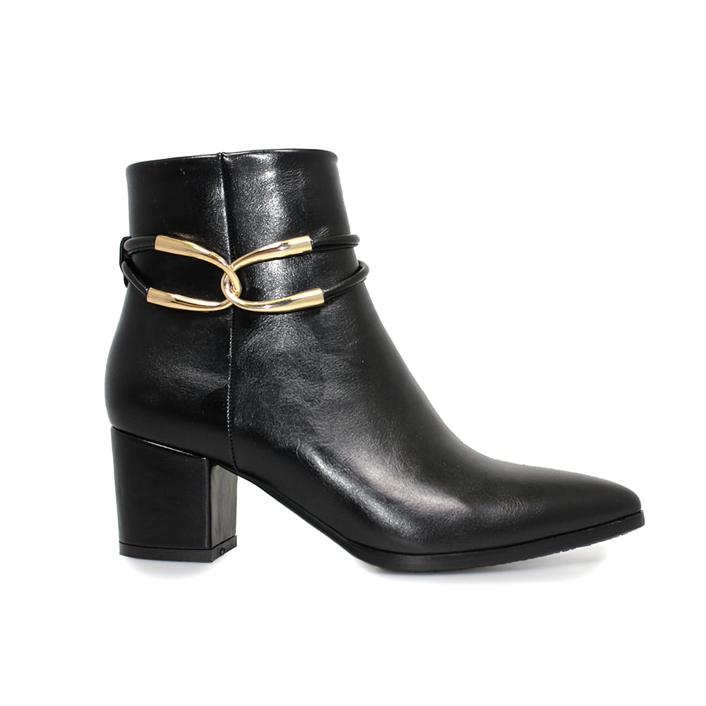 Shop for Ankle Boots, Footwear at dexterminduwi.ga Our extensive collection of fashion and homeware is designed to be different.