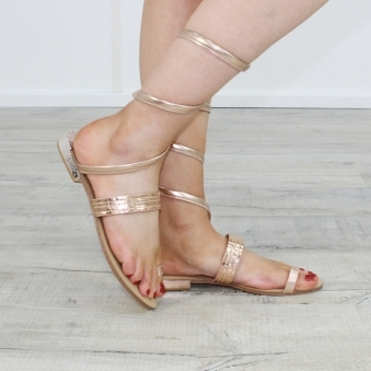 Gage Toe Loop Sandal