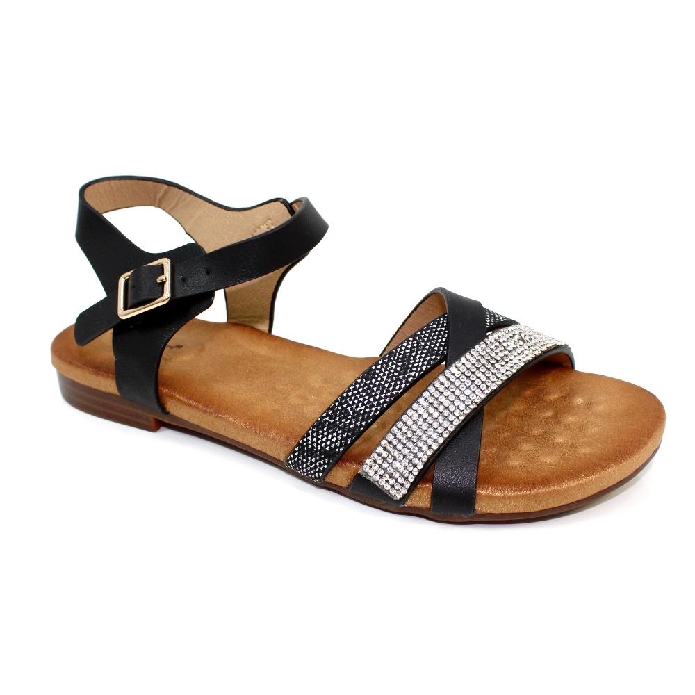 65287f618ad27 Lunar Shoes