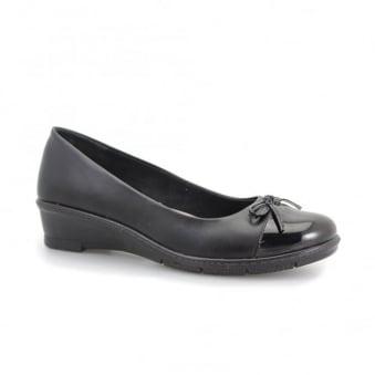 Nice Elasticated Shoe